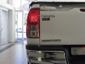 Toyota Hilux 2.8 GD-6 Raider 4X4 automaticS/C - Image 10