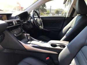 Lexus IS 200T EX/300 EX - Image 13