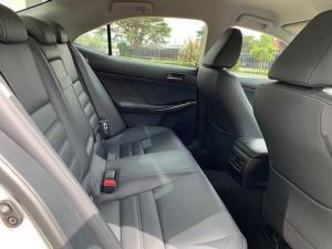 Lexus IS 200T EX/300 EX - Image 12