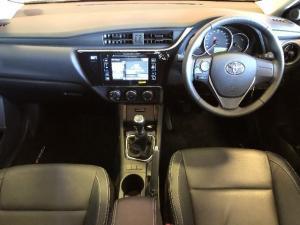 Toyota Corolla 1.4D Prestige - Image 5