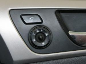 Hyundai Veloster 1.6 Executive - Image 14