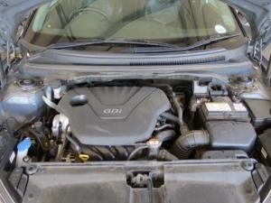 Hyundai Veloster 1.6 Executive - Image 15