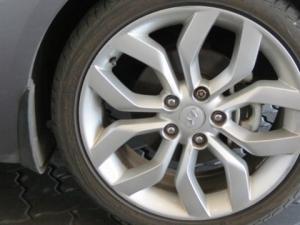 Hyundai Veloster 1.6 Executive - Image 18