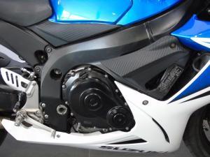 Suzuki GSX R600 - Image 3