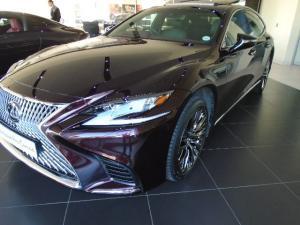 Lexus LS 500 - Image 1