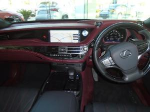 Lexus LS 500 - Image 6