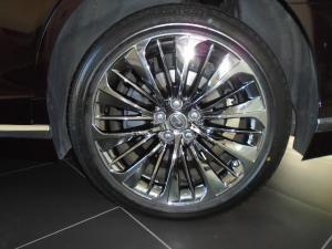 Lexus LS 500 - Image 7