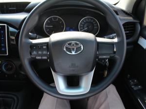 Toyota Hilux 2.4 GD-6 RB SRXS/C - Image 17