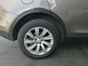 Land Rover Discovery Sport HSE SD4 - Image 8