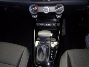 Kia RIO 1.4 LX automatic 5-Door - Image 10