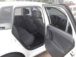 Volkswagen Polo Vivo 1.6 5-Door - Image 7