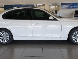 BMW 318i Sport Line automatic - Image 3