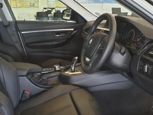 BMW 318i Sport Line automatic - Image 8
