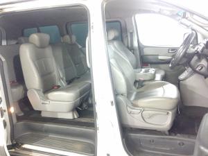 Hyundai H-1 2.5 Crdi A/T/ 2.5 Elite automatic - Image 8