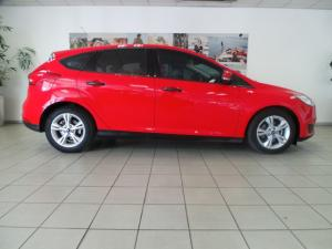Ford Focus sedan 1.0T Ambiente auto - Image 2