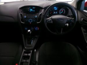 Ford Focus sedan 1.0T Ambiente auto - Image 6