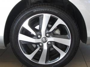 Toyota Yaris 1.5 XS CVT 5-Door - Image 13