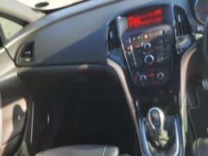 Opel Astra 2.OT OPC - Image 13