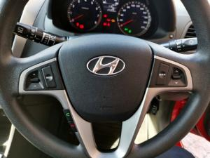 Hyundai Accent hatch 1.6 Fluid - Image 12