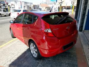 Hyundai Accent hatch 1.6 Fluid - Image 2