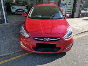 Hyundai Accent hatch 1.6 Fluid - Image 4