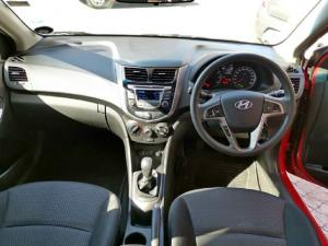 Hyundai Accent hatch 1.6 Fluid - Image 6