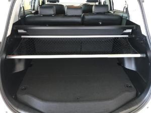 Toyota RAV4 2.0 GX auto - Image 9