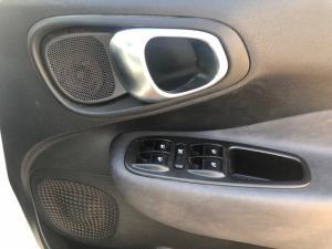 Fiat 500 L 1.6 Mjet Lounge 5-Door - Image 9
