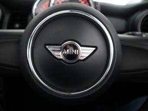 MINI Mini ONE 1.2T - Image 19