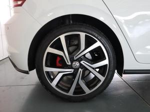 Volkswagen Polo 2.0 GTI DSG - Image 26