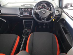 Volkswagen Cross UP! 1.0 5-Door - Image 10