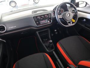 Volkswagen Cross UP! 1.0 5-Door - Image 11