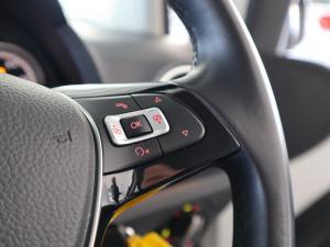 Volkswagen Cross UP! 1.0 5-Door - Image 16