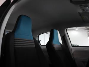 Volkswagen Move UP! 1.0 5-Door - Image 23