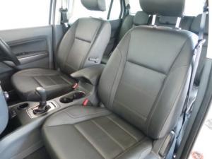 Ford Everest 3.2TDCi XLT - Image 10