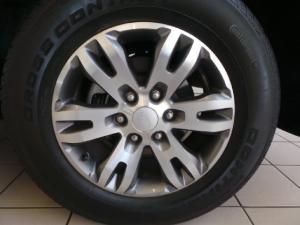 Ford Everest 3.2TDCi XLT - Image 8