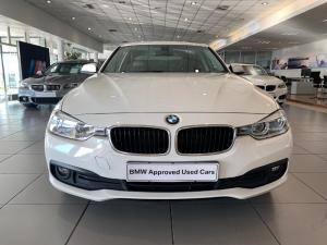 BMW 318i automatic - Image 2