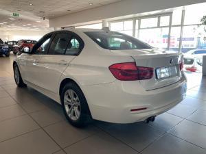 BMW 318i automatic - Image 5
