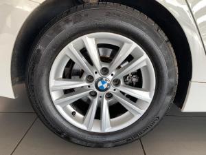 BMW 318i automatic - Image 9