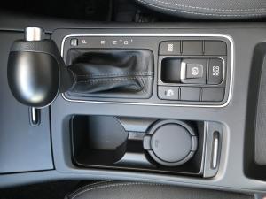 Kia Sorento 2.2D LS automatic - Image 4
