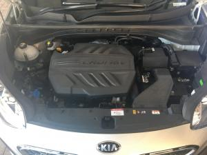 Kia Sportage 2.0 Crdi Ignite + automatic - Image 16