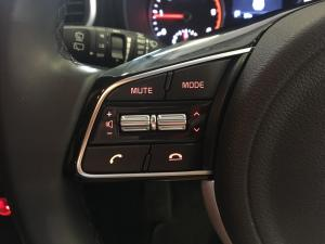 Kia Sportage 2.0 Crdi Ignite + automatic - Image 9