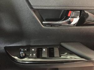 Toyota Hilux 2.8GD-6 double cab 4x4 Raider auto - Image 15
