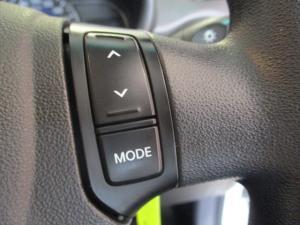 Hyundai i10 1.1 GLS/MOTION - Image 17