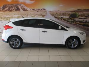 Ford Focus 1.0 Ecoboost Ambiente - Image 15