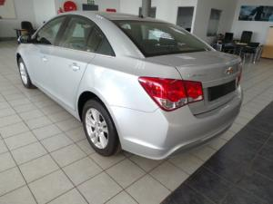 Chevrolet Cruze sedan 1.6 LS - Image 3