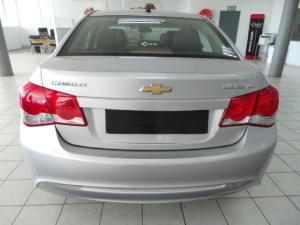 Chevrolet Cruze sedan 1.6 LS - Image 4