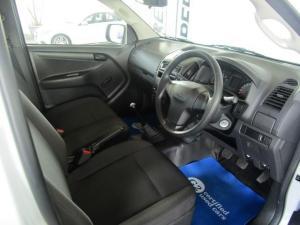 Isuzu D-MAX 250C Fleetside S/C - Image 5