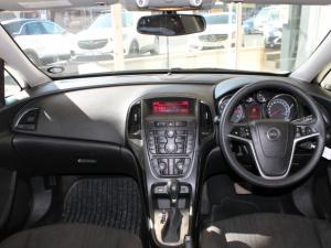Opel Astra 1.4T Enjoy automatic - Image 18