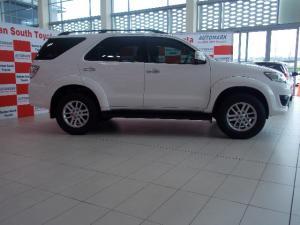Toyota Fortuner 3.0D-4D 4x4 auto - Image 4